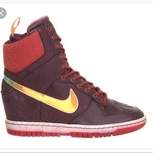 Nike Sky Hi Sneakerboot Burgundy Wedge Size 8